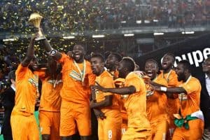 Example of Ivory Coast lifting the CAN trophy